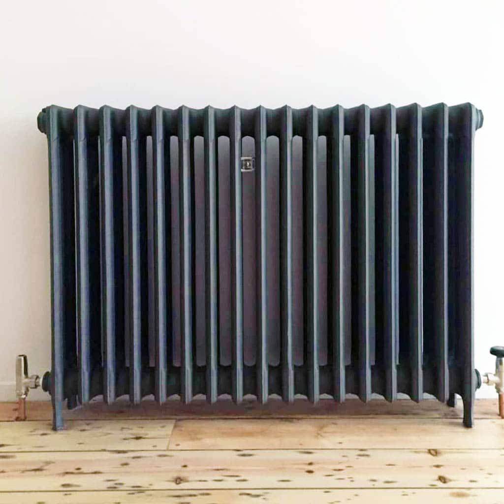 3-column-radiator-in_anthracite-1024x1024 copy