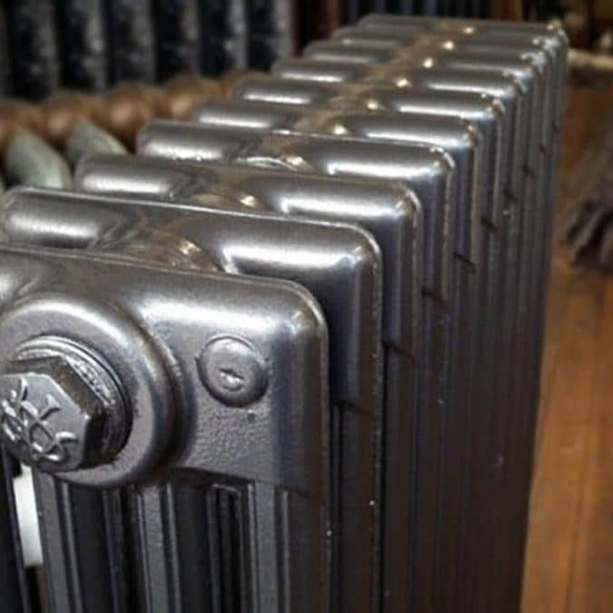4_column_anthracite-radiator-casa-peckham